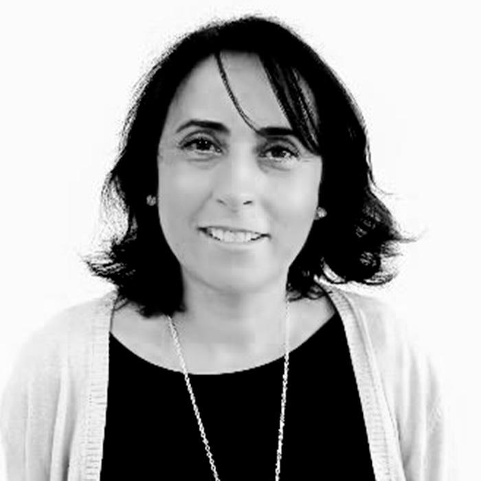 Mª CARMEN MARTÍNEZ RUIZ